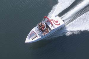 Ebbtide 180 Bow Rider: Spacious & Sporty