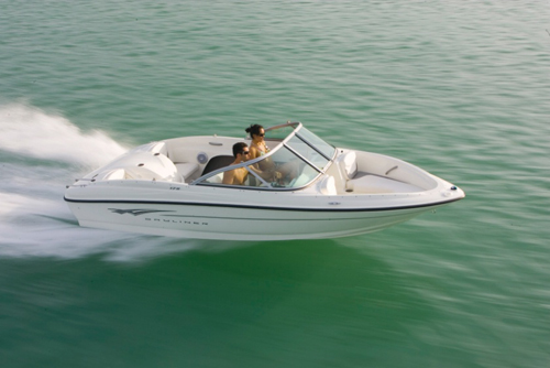 Bayliner 175, Ease of Entry