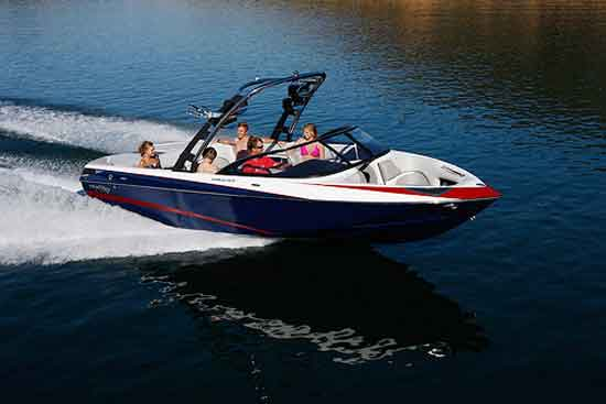 Malibu Sunscape 247 LSV: How to Spend Your Year-End Bonus