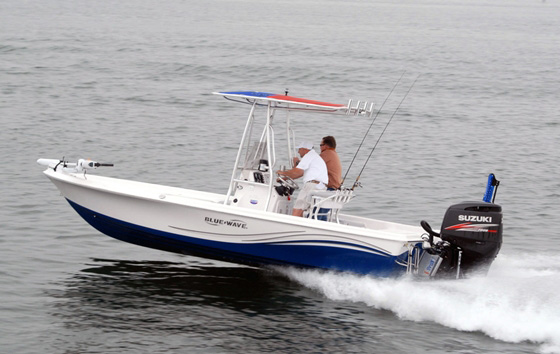 Blue Wave 2200 Pure Bay: How to Build a Better Bay Boat
