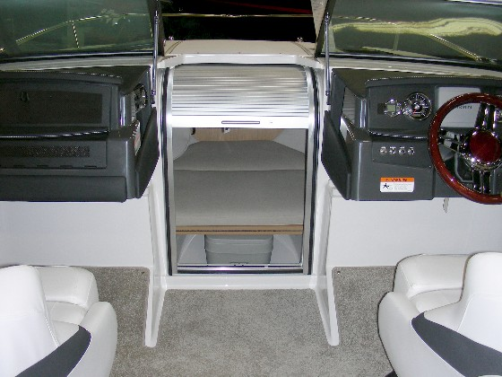 Four winns s215 reviving the cuddy craze for Boat cabin entry doors