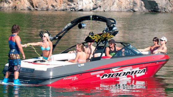 wakeboarding with the skiers choice moomba