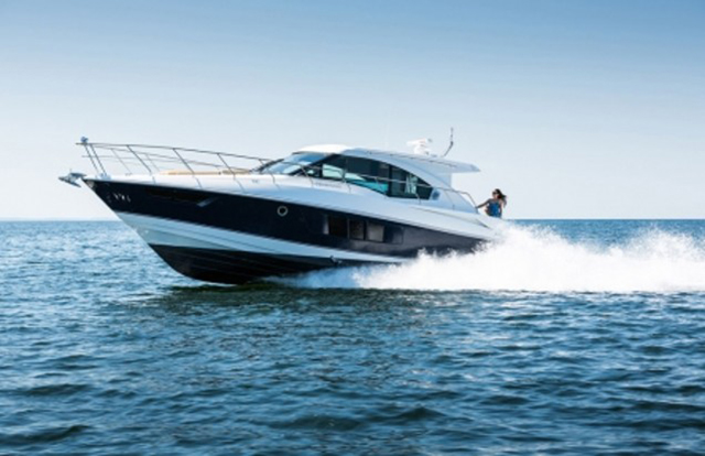 Cruisers Yachts Cantius 45: Bathe in the Glory