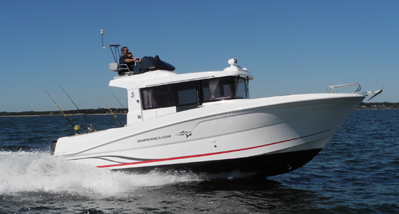 Beneteau Barracuda 9 running