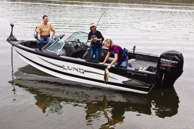 Lund offers fishy family fun for Best boat for fishing and family