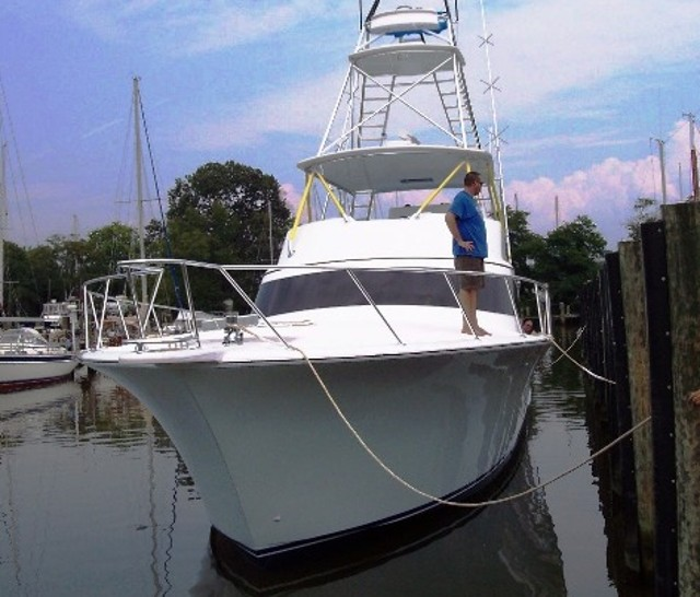 How to Dock a Boat: Our 10 Top Tips - boats com