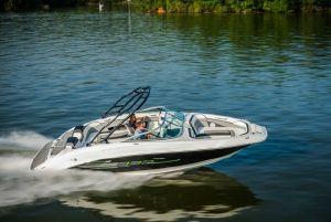 Sea Ray 21 Jet: Bowrider of the Future - boats com