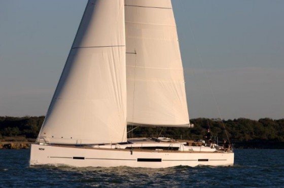 dufour grand large 50 under sail