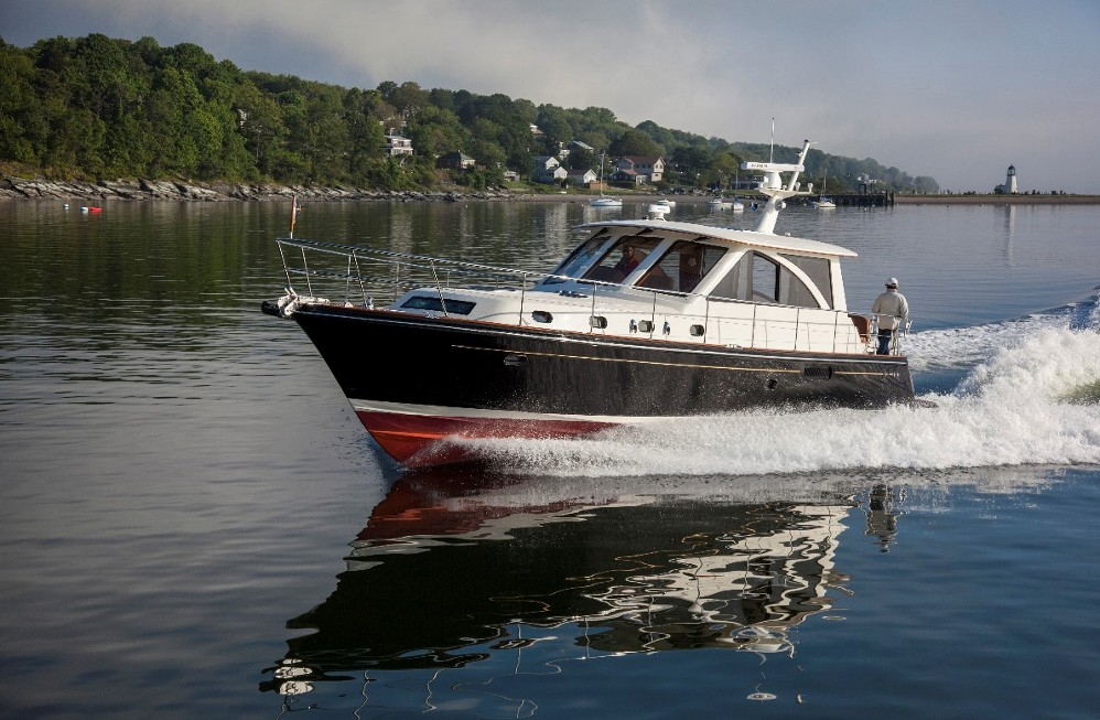 hunt 44 express cruiser