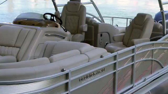 2014 Bennington 2575 Tri-toon Pontoon Boat: First Look Video