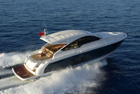 Fairline 48 Targa Open: Contemporary Cool