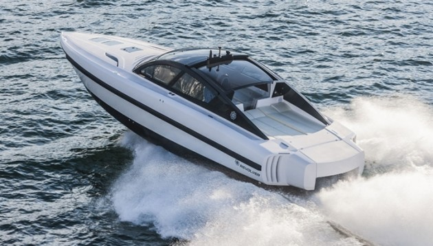With its twin 550-hp Cummins diesel engines and Arneson drives, the Revolver 44GT cruises at 50 mph and has a range of more than 400 miles.