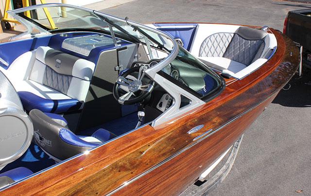 Mastercraft boat interior interior ideas for Pontoon boat interior designs