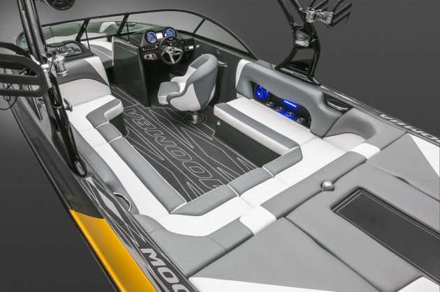 There's not only a lot of room inside the Moomba Mojo 2.5, but a lot of power. That aft engine hatch hides a 6.2-liter Raptor engine by Indmar, which is capable of bellowing out a whopping 404 foot pounds of torque.