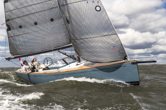 The Saffier Se 33 is available in racing and cruising configurations. Pictured here is the racing model, which, among other features, has a carbon fiber mast and rod rigging.