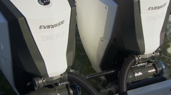 Evinrude E-TEC G2 300 HP Outboard: On-Water Test Run - boats com