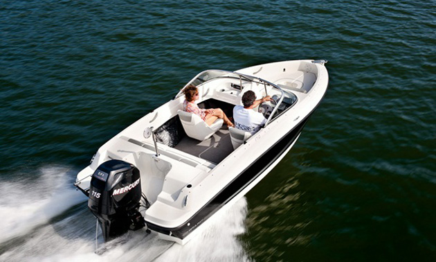 Outboard Engines on Bowriders: A Match Made in Heaven?