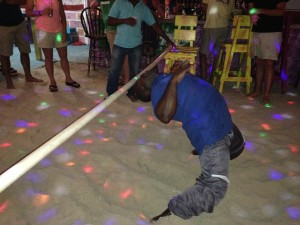 Potters-by-the-Sea-Angeda-full-moon-party-limbo-contest