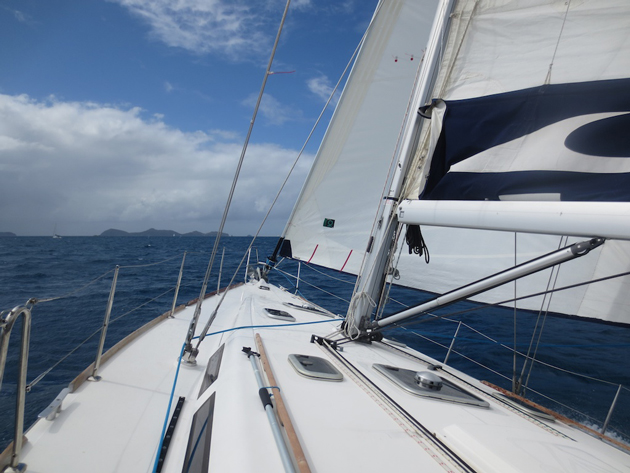 Bareboat-sailing-MarineMax-Vacations-433-charter-rates-British-Virgin-Islands