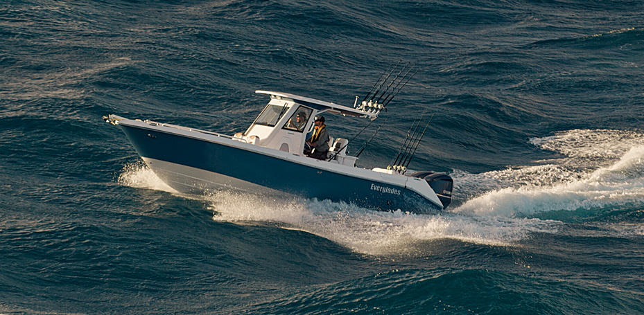Boating Tips: 3 Tips for Handling Heavy Seas