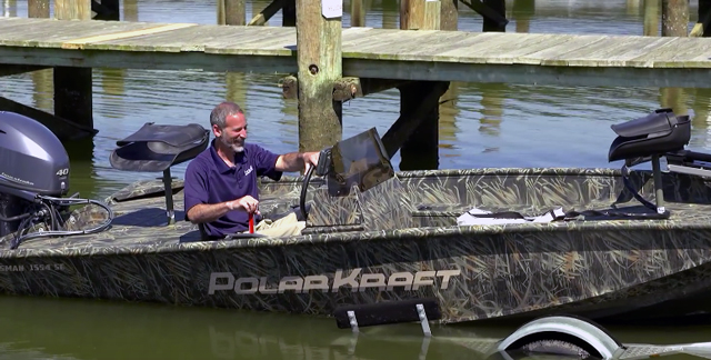 Tips for Launching and Retrieving a Trailer Boat