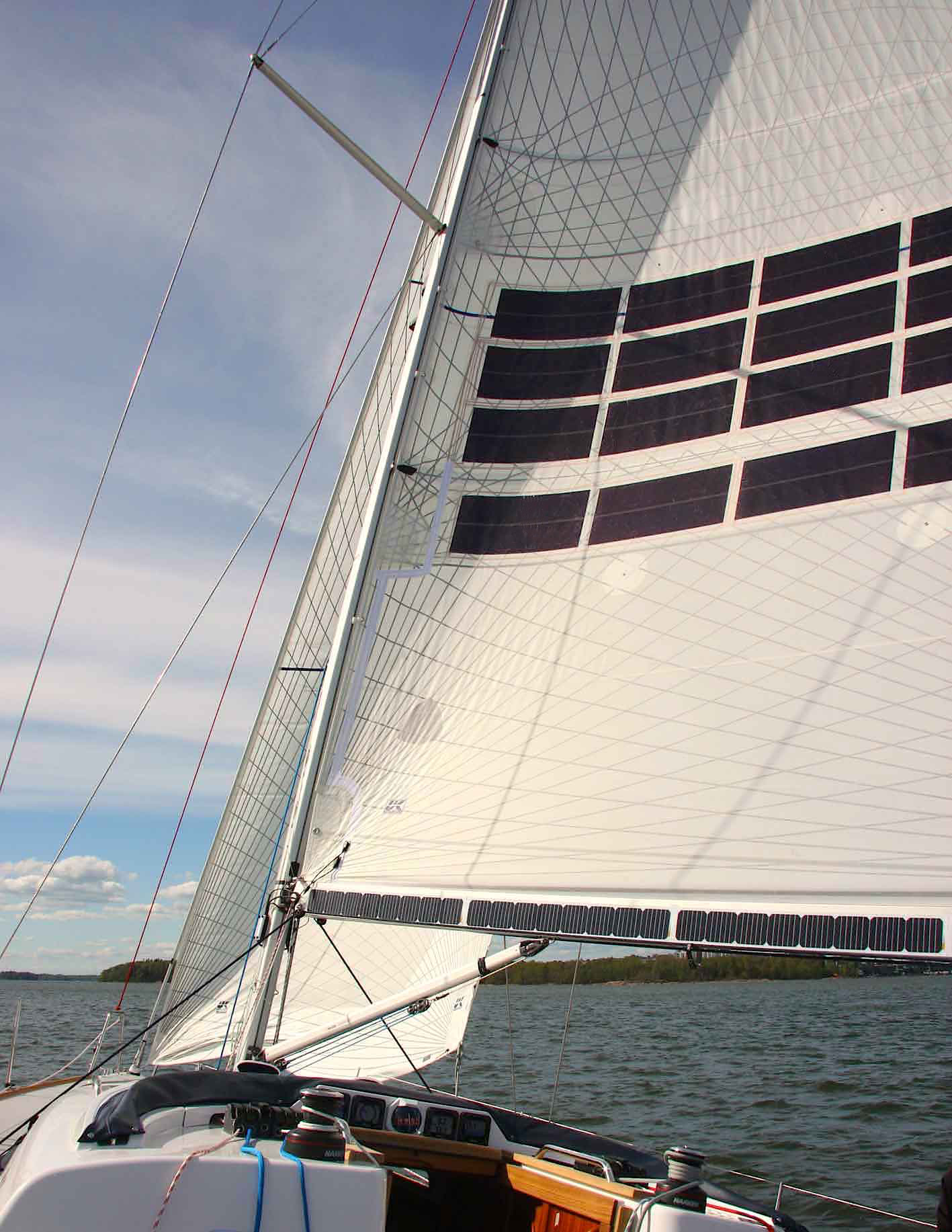 Making Sailing Easier: Electric Winches, Integrated Solar
