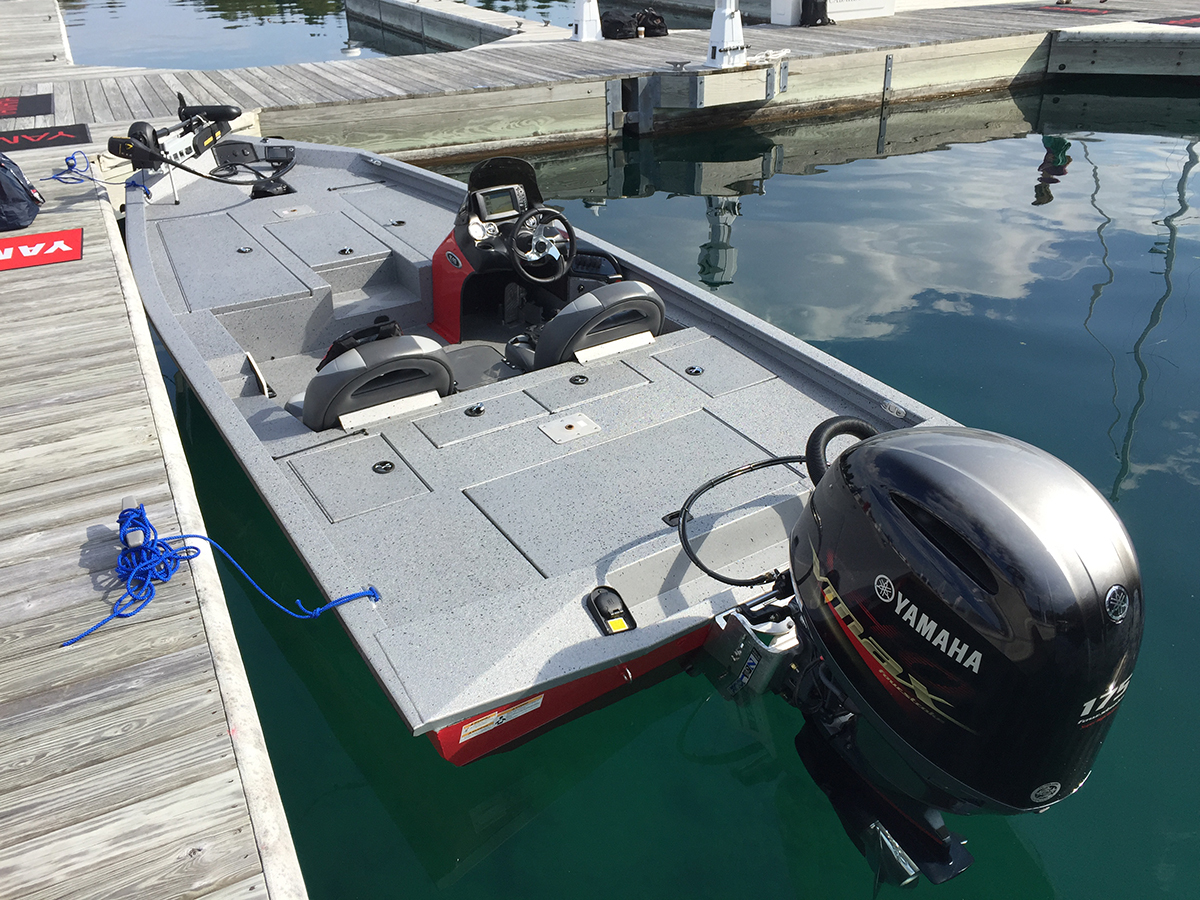 Xpress x19 ballistic bass boat for Boat mailbox