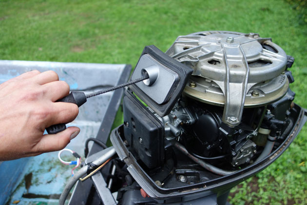 make your old outboard engine new again