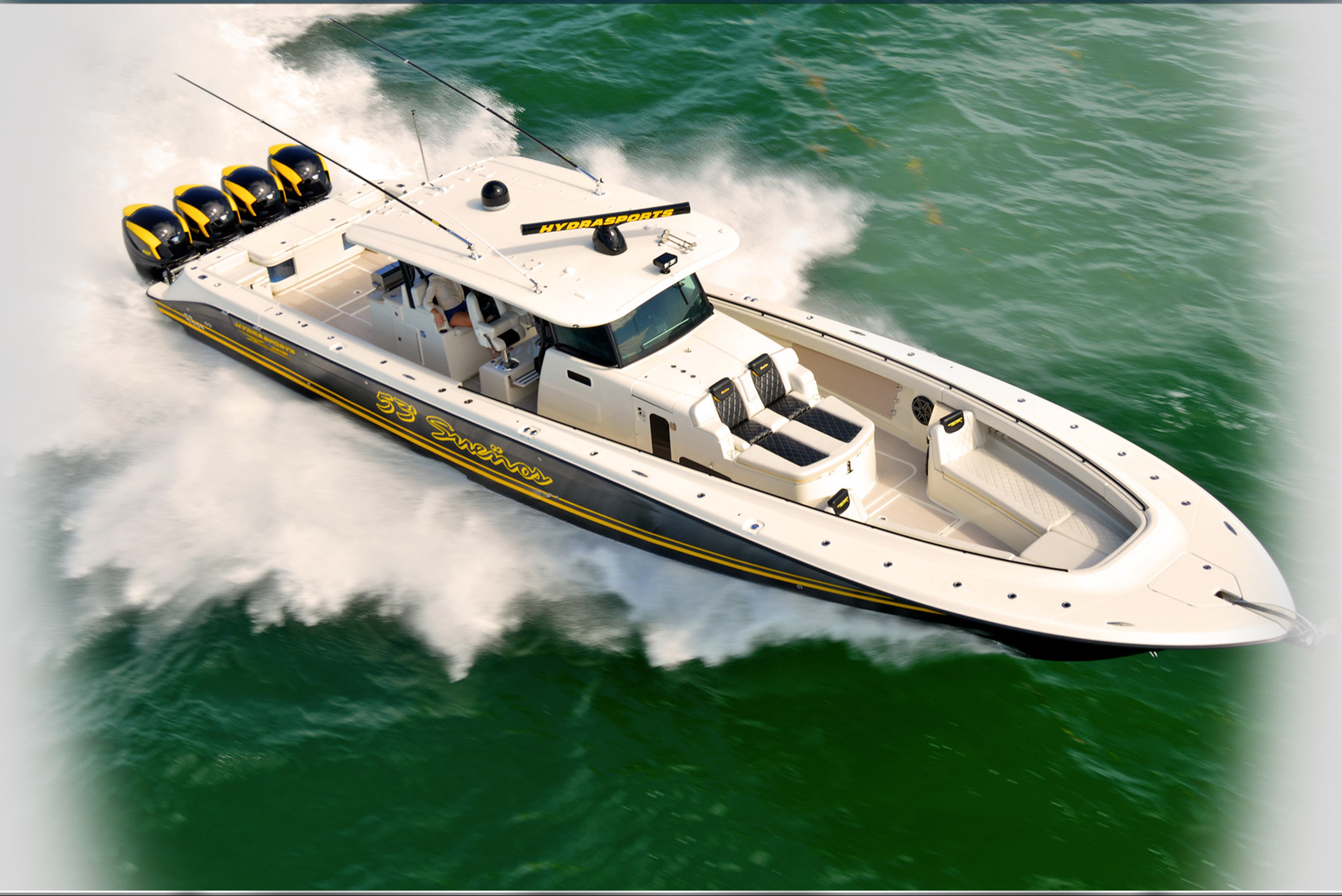 Speed Boat Insanity at Fort Lauderdale: More Powerful Outboards, and More of Them