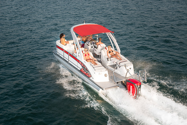 The Manitou Xplode 23 SRS SHP is built for watersports such as skiing, tubing, and wake boarding.