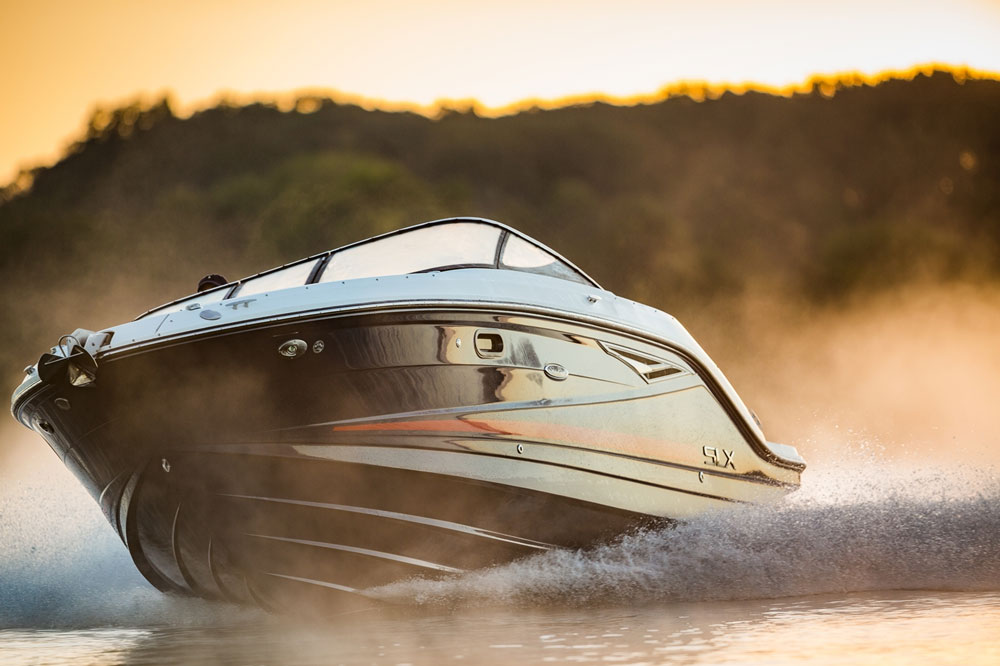 The gel coat on this Sea Ray 250 SLX is utterly gorgeous. The question is, will you keep it looking that way?