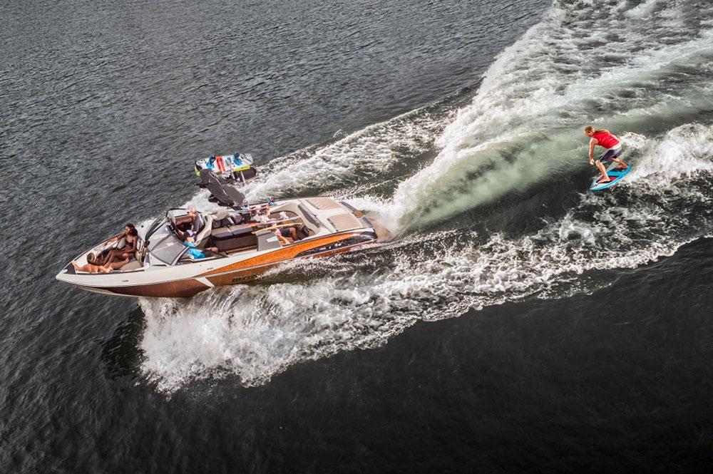 Malibu Wakesetter 25 LSV: The Nuclear Option - boats com
