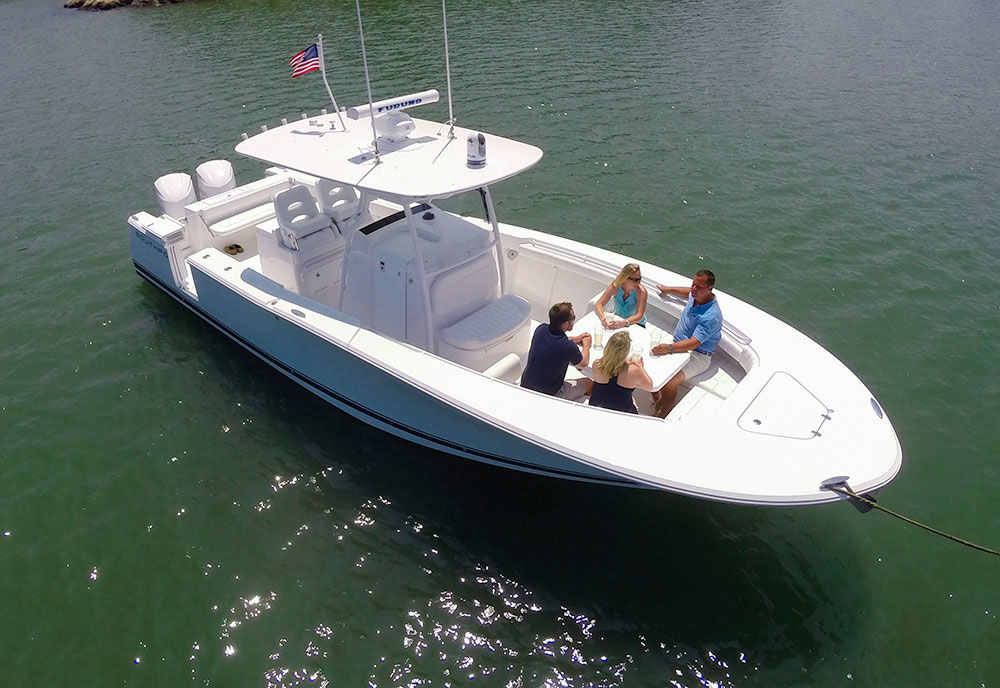 Southport 33 fe center console for the fishing family for Family fishing boats