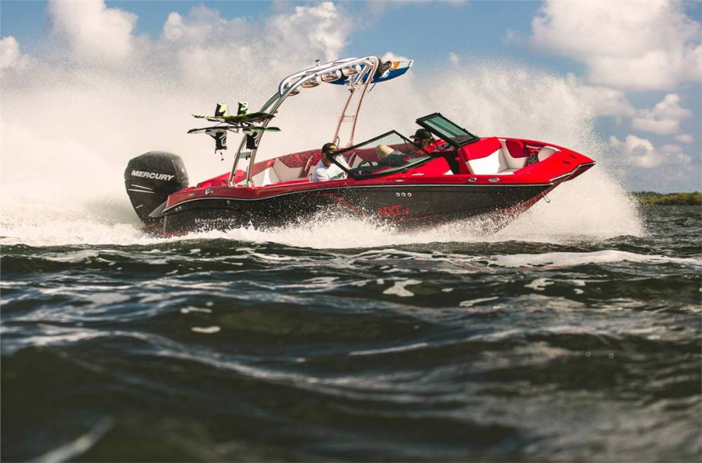 MasterCraft NXT20: Going Global