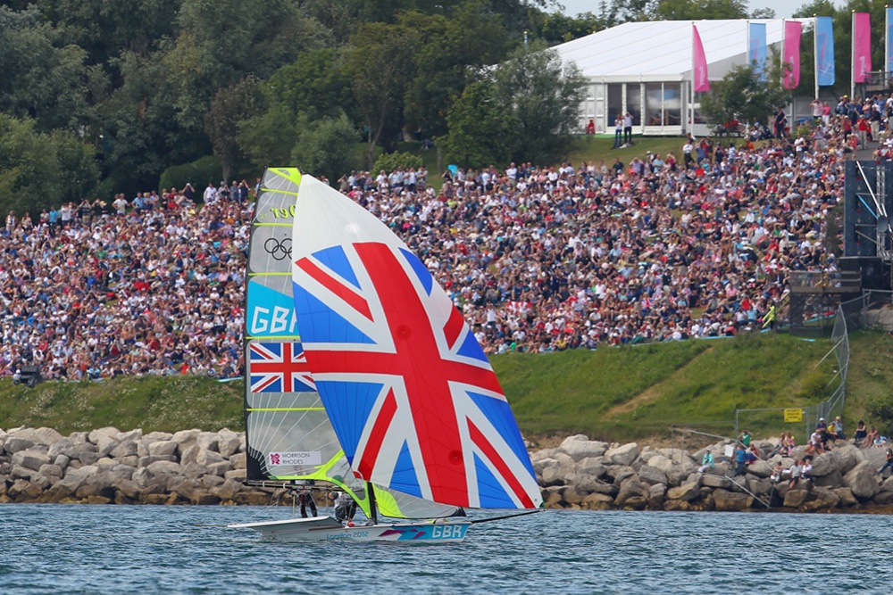 Large country flags on sails and medal races held close to shore have made it much easier for spectators to follow Olympic sailing races. Photo OnEdition.