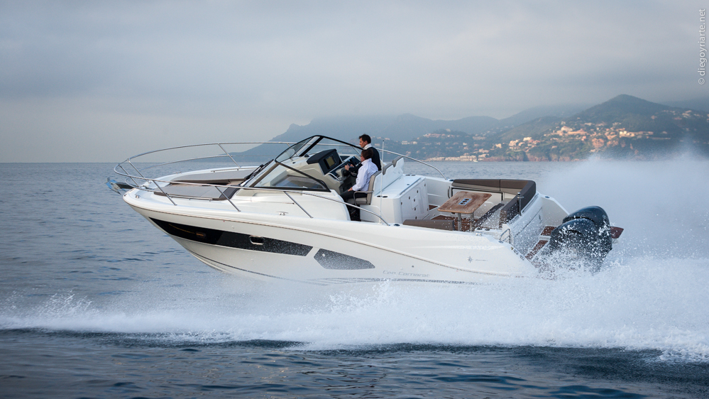 This is a sporty-looking boat, but it still offers a significant amount of space and volume belowdecks including two double berths. However, this is definitely a boat to enjoy the outdoors and the deck has two distinct areas that allow you to do just that: the cockpit and the forward sundeck.