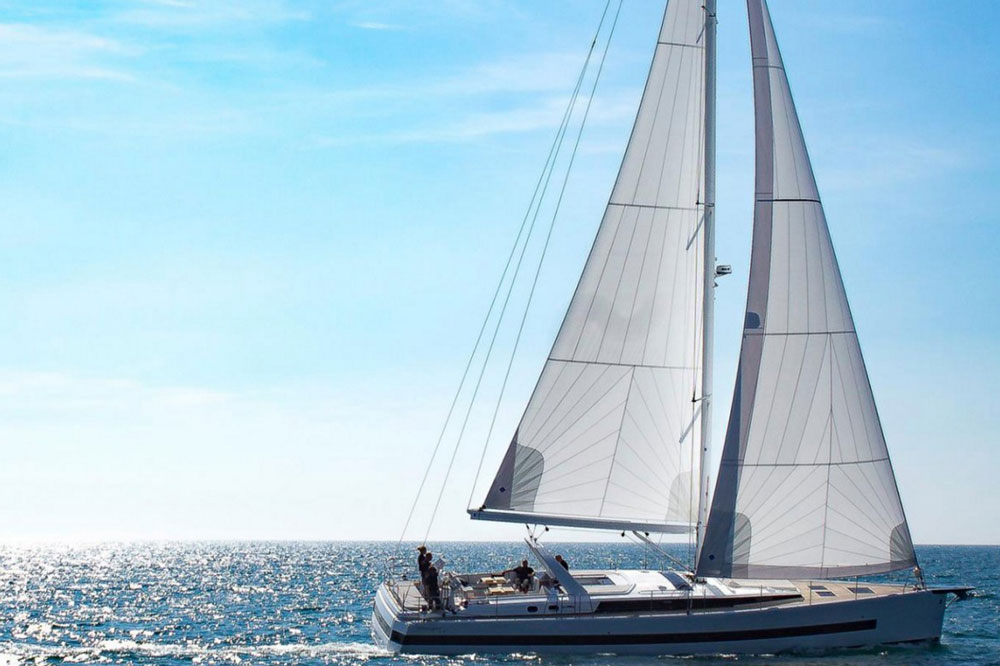 Beneteau Oceanis Yacht 62: Bigger and Better