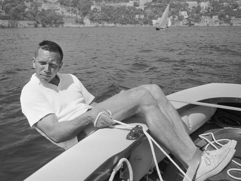 Paul Elvstrøm at the 1960 Olympics, demonstrating an impressive ability to use his body weight to keep the boat upright.