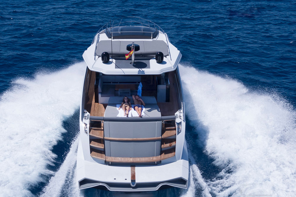 Like many modern yachts, the Astondoa 655 Coupe combines indoor and outdoor living with seamless transitions between the cabin and cockpit.
