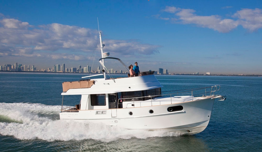 With a top-end of just over 27 MPH, the Beneteau Swift Trawler 44 is among the fastest boats in this category.