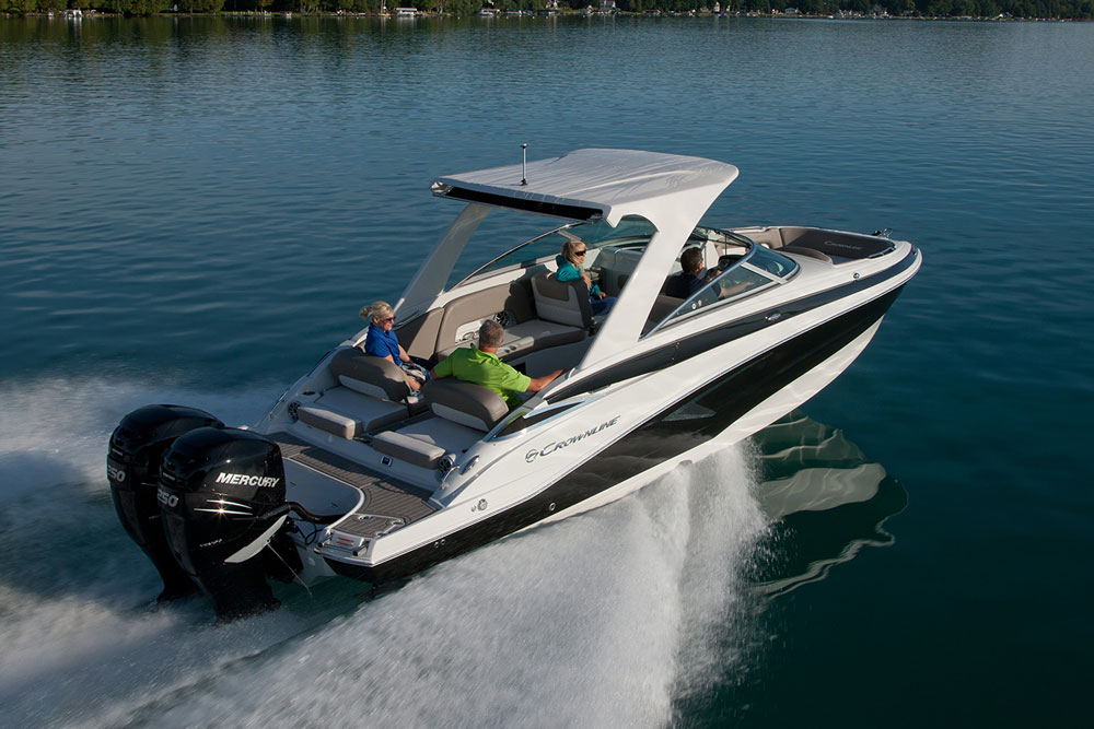 Twin outboards push the E29 XS, and buyers can choose from Mercury and Yamaha power from 200 to 300 horsepower, all of them with drive-by-wire technology.