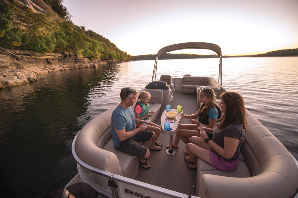 When is the Best Time to Buy a Boat? - boats com