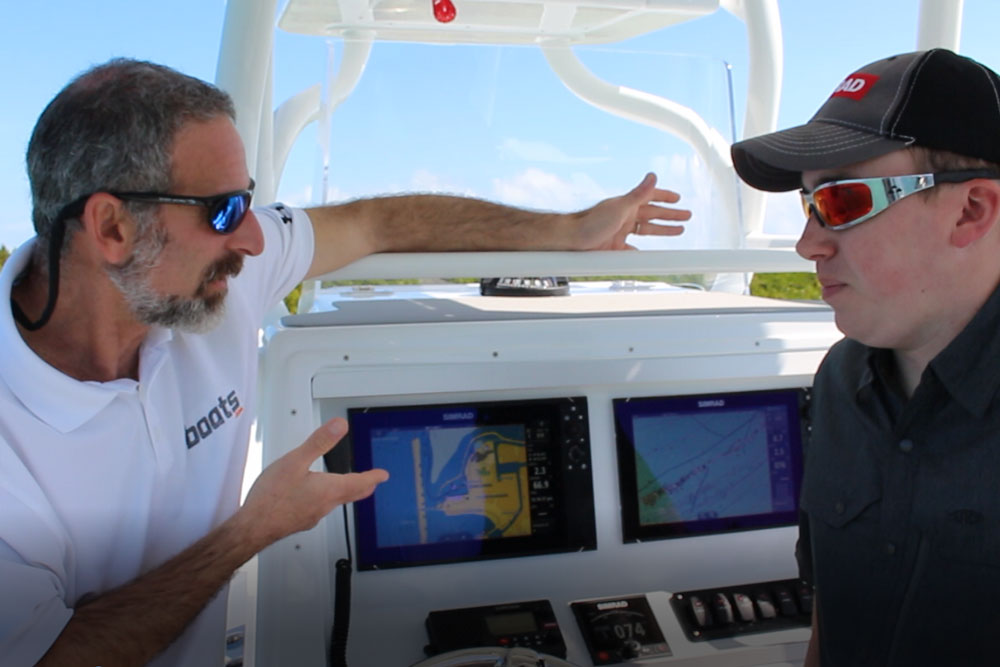 Simrad NSS evo3 with IPS Screen Technology