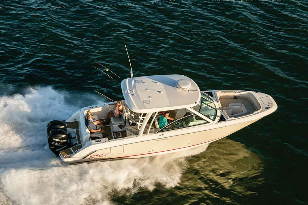 Boston Whaler 320 Vantage Review