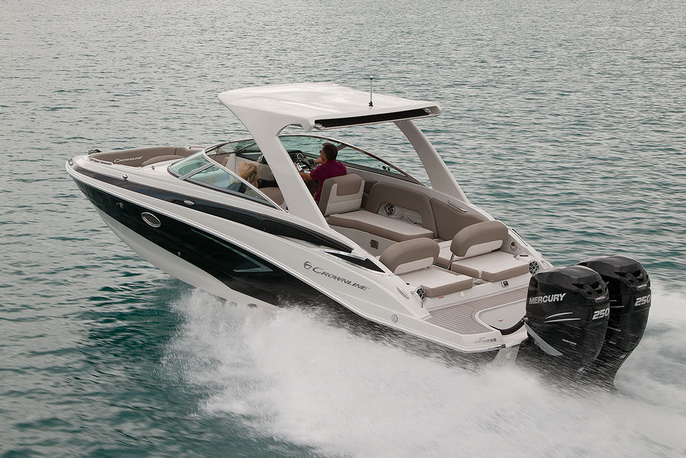 Crownline E-29 XS Review