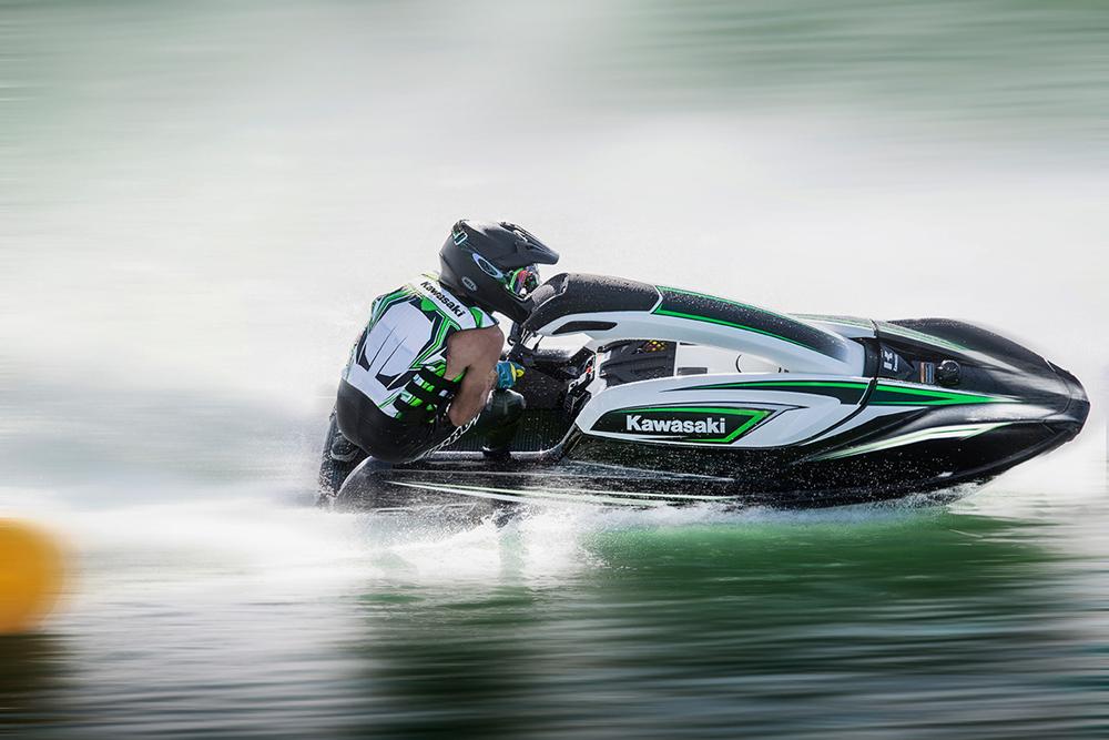 Kawasaki Jet Ski SXR Review - boats.com