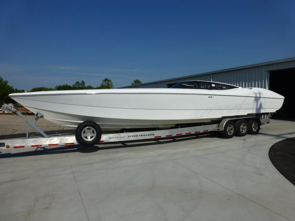 Outerlimits Sportboat Project Complete, with an All-White Hull