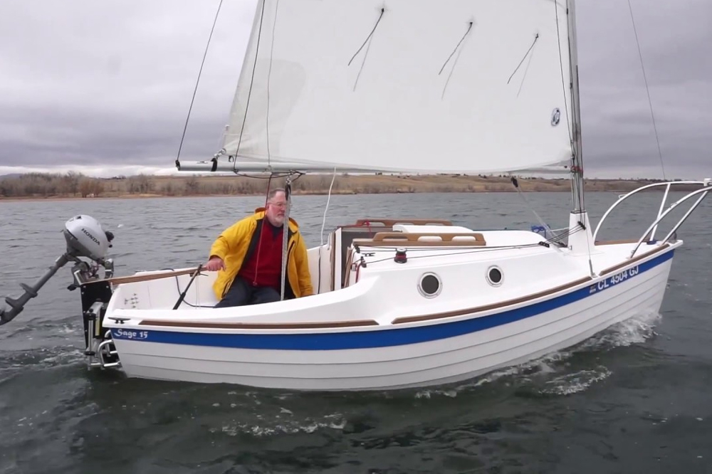 Best Daysailers Under 20 Feet - boats.com