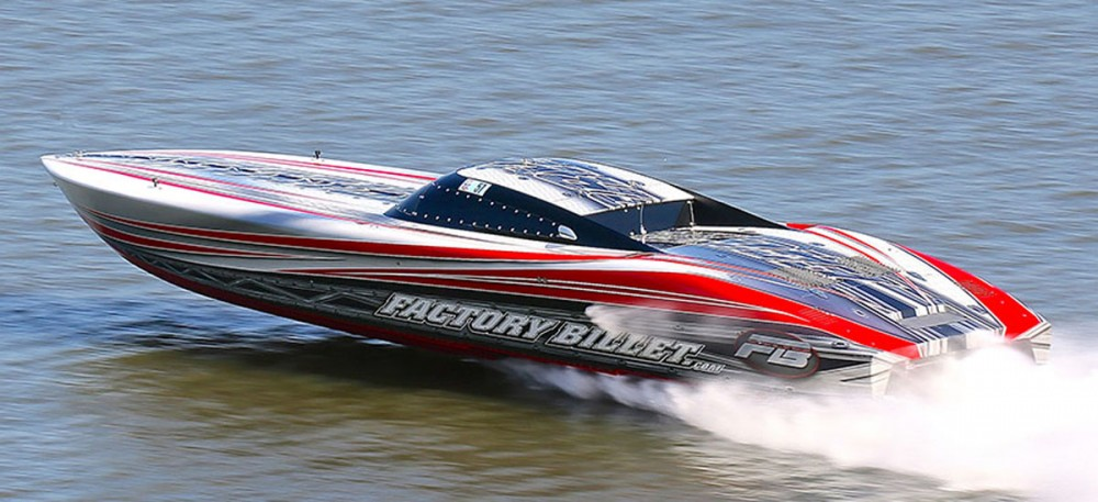 A pioneer in the custom go-fast powerboat painting world, Dean Loucks of The Art Of Design handled the graphics for the iconic Factory Billet Outerlimits 51-foot V-bottom. Photo by Pete Boden/Shoot 2 Thrill Pix.