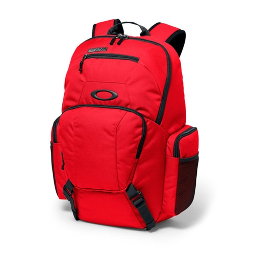 Oakley Blade Wet/Dry 30 Backpack. Price: $60.
